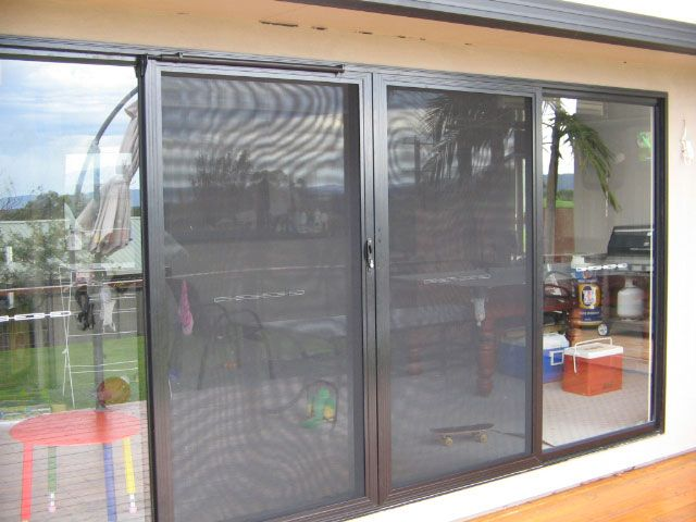 Cost Effective Sliding Screen Doorways to usher in Outdoors in Your Home featured image